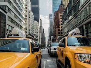 taxi-cab-381233_640